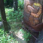 drewniana rzezba miodu